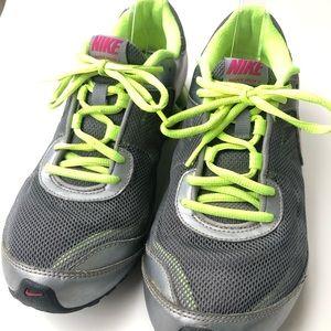 Nike Shoes - Nike Reax Run 7 Womens Running Shoe size 8.5